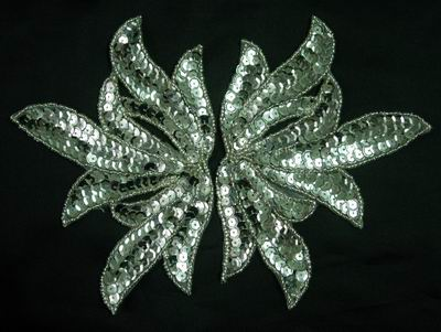 LR82 Sequin Bead Applique Mirror Leaf Silver