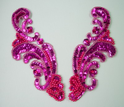 LR39 Wave Pattern LR Sequin Bead Applique Fuchsia