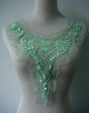 NK187 Tulle Sequined Beaded Applique Y-Necklace Collar L.Green