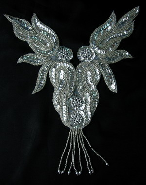 NK71-6 Silver Flame Fringed Necklace Sequin Bead Applique Motif