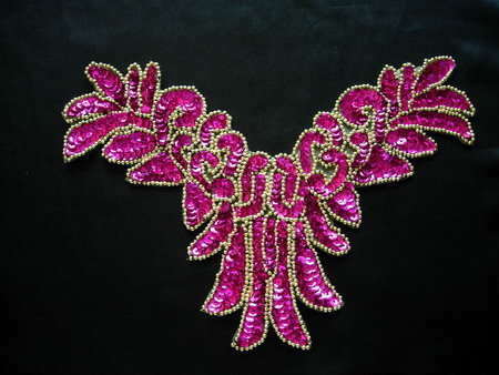 NK08-5 Necklace Sequin Bead Applique Fuchsia Twirl/Baton/Skating