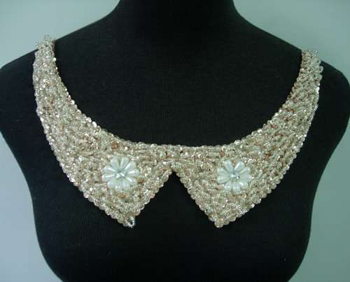NK260 Embellished Peter Pan Collar Necklace Sequin Beaded Motif