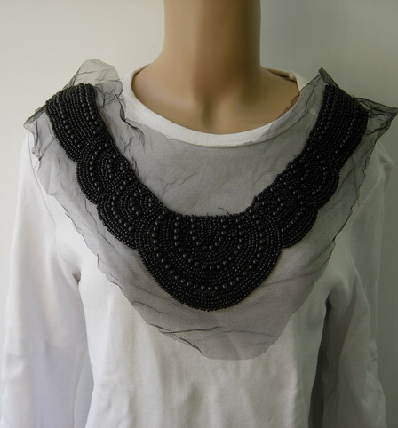 NK319 Black Collar Neck Pearl Beaded Tulle Applique Motif