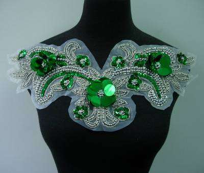 NK65-5 Sequin Beaded Applique Fantastic Neckine Collar Green