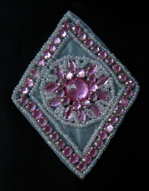 SB152 Rhombus Pink Rhinestones Beaded Jewelry Applique