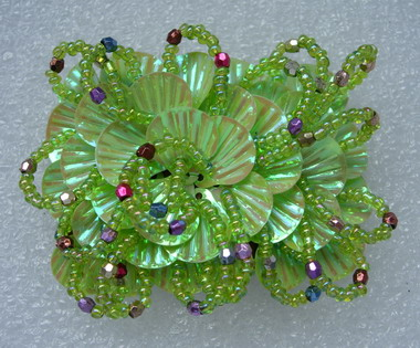 SB180 Layered Shell Paillette Beaded Jewelry Applique Green Iris