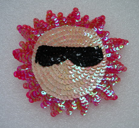 SY55 Sequin Applique Sun Smile