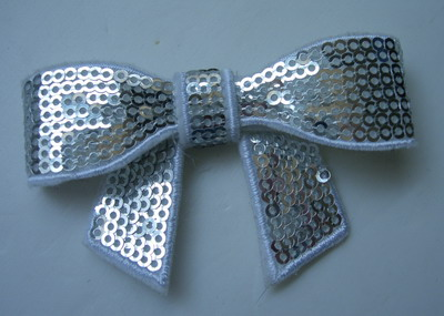 SY98 Unique Bow Tie Sequin Applique Iron On Silver x4