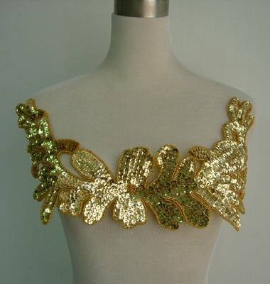 HP45-2 Large Floral Sequin Bead Applique Collar Hipbelt Gold