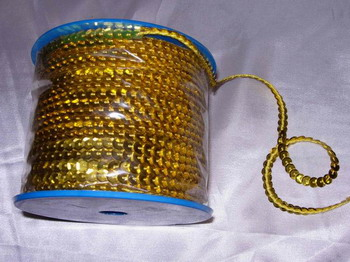 SP01 6mm Gold Sequin Spool String Flat Sequin 100yards