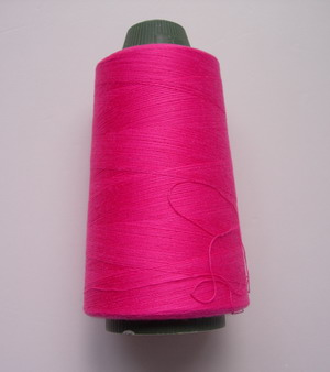 TS10 Fuchsia Polyester Thread Threads 3000yds