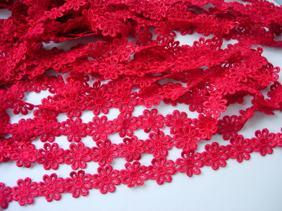 "OT47 1"" Wide Little Flower Venise Venice Lace Red 1y"