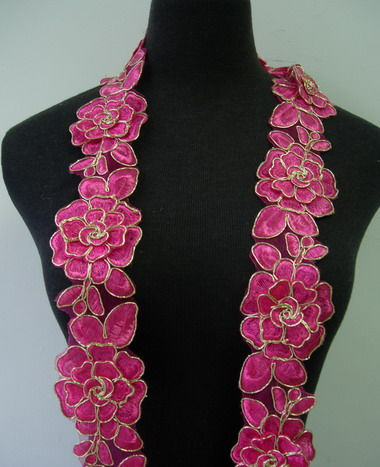 "TL141-4 2.5"" Tier Rose Trims Cord Lace Edging Deep Pink 1Y"
