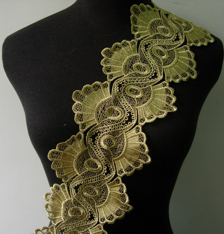 "TL148 5"" Fan Tail Floral Metallic Trims Lace Edge Gold 1Y"