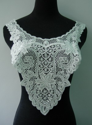VY77 Victorian Flora Bodice Collar Lace Venice Applique Cream