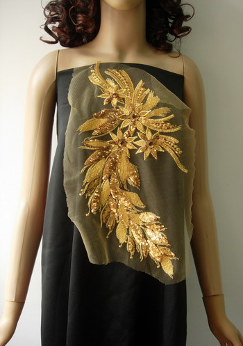 VB48 Long Floral Gold Trim Sequined Trim Tulle Applique