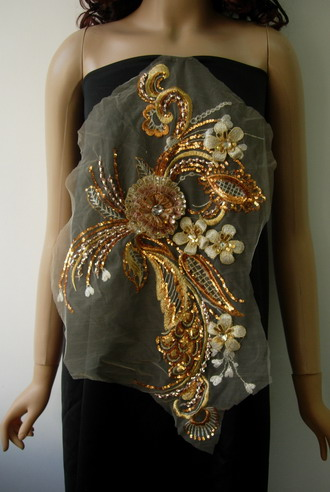 VB68 Vinatge Swirl 3D Floral Gems Sequined Applique Gold Brass