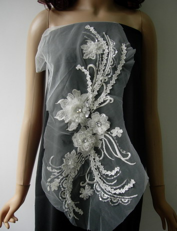 VB71 Cream Silver 3D Layered Floral Sequin Gems Tulle Applique - Click Image to Close