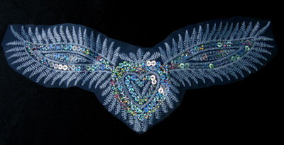 VF120 Winged Heart Venise Venice Sequin Applique Motif x2