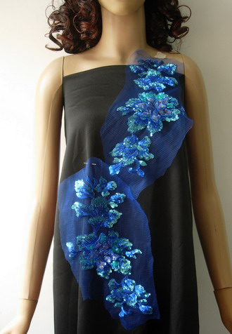 VF127 Mirror Layered 3D Floral Sequined Applique Royal Blue