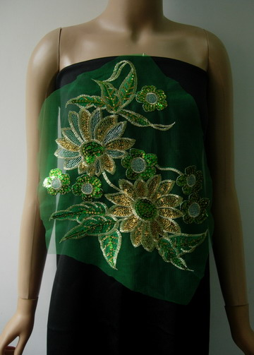 VF180 Green Gold Floral Embroidered Sequined Trim Tulle Applique