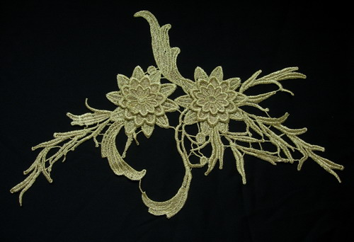 VT142 Elegant Floral Leaves Gold Metallic Venice Venise Applique