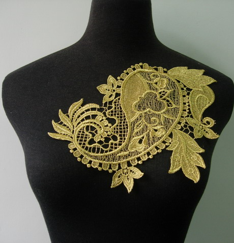 VT196 Paisley Floral Metallic Gold Trim Lace Venise Applique