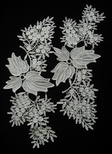 VT233 Mirror Pair Leaves Leaf Tree Venise Venice Applique Cream