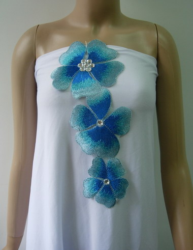 VT282 Aqua Tone Petal Flower Gemstones Trim Lace Applique
