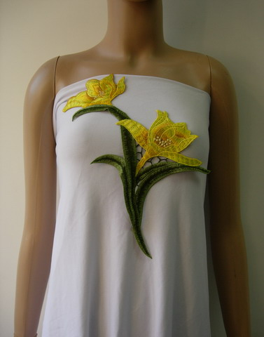 VT365 Yellow Daffodils Floral Flower Venise Venice Applique