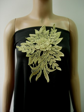 VT428 Tier Floral Leaf Gold Metallic Trims Lace Applique