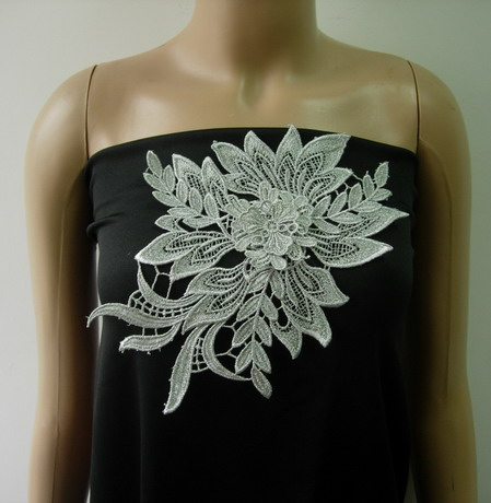 VT429 Tier Floral Leaf Silver Metallic Trims Lace Applique