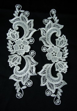 VT53 Pair Mirror Floral Lace Venise Venice Applique Motif Cream