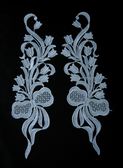 VT71 Mirror Pair Bow Tulip Flowers Venice Venise Applique Motif