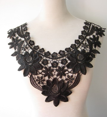 VK152 Cute Flower Floral Collar Neck Lace Venise Applique Black
