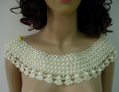 VK213 Trendy Pearl Collar Front Back Lace Venise Applique Ivory