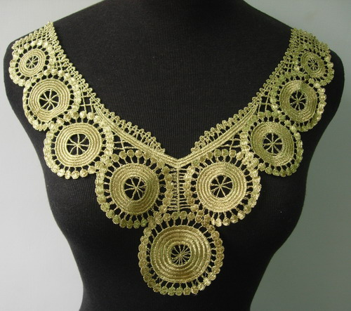 VK245 Metallic Gold Trim Lace Venise Applique Collar Neck Motif