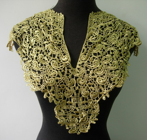 VK251 Vintage Bodice Collar Metallic Gold Trim Venise Applique
