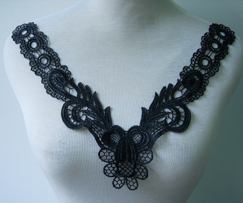 VK259 Chains Floral V-Neck Collar Lace Venice Applique Black 2pc