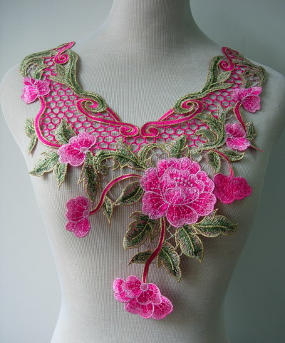 VK347 Pink Tone Curls Flowers Collar Trim Lace Venise Applique