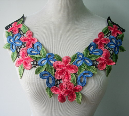 VK353 Red Jasmine Flowers Collar Neck Lace Venise Applique