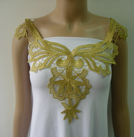 VK434 Trendy Floral Neckline Metallic Gold Trim Lace Applique