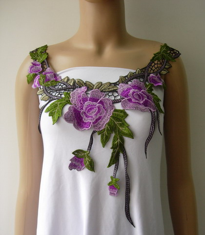 VK466 Purple Tone Flowers Collar Neckline Lace Venise Applique