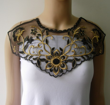VK477 Curl Floral Front Neck Metallic Trim Net Applique Blk Gold