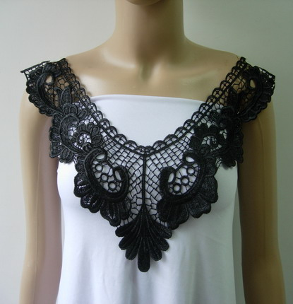VK496 Floral Lace Venice Venise Collar Neck Applique Black