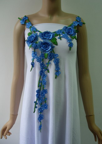 VK502 Blue-tone Rose Floral Leaves Neck Front Venise Applique
