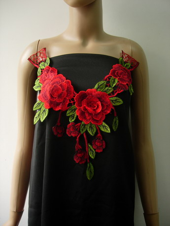 VK543 Layered Flower Collar Neck Lace Venise Applique D.Red
